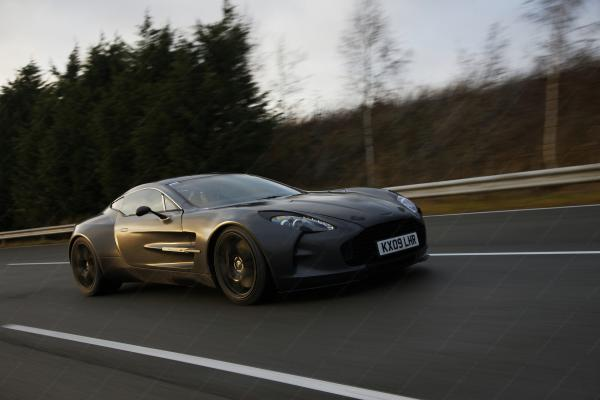 Aston Martin One 77 Wallpaper3