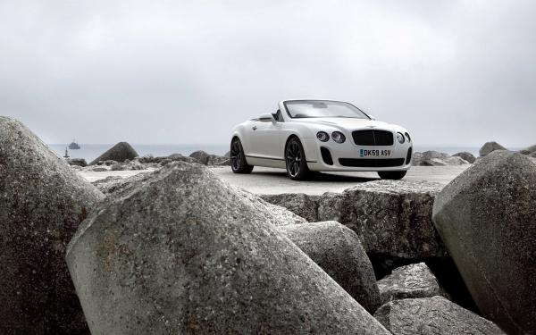 Bentley Continental Supersports Convertible Wallpaper6