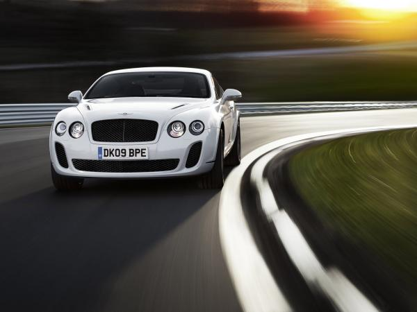 Bentley Continental Supersports Convertible Wallpaper9