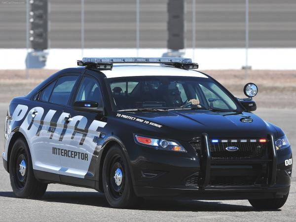Ford Crown Victoria Police Interceptor Wallpaper7