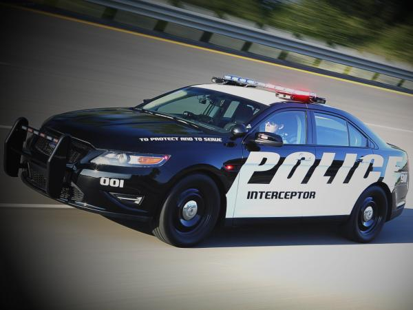 Ford Crown Victoria Police Interceptor Wallpaper9