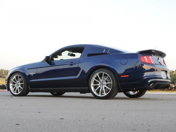 Ford Shelby Gt500 Super Snake Wallpaper2