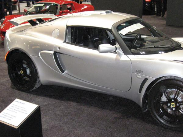 2 Lotus Elise Wallpaper