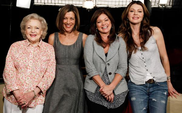 Hot In Cleveland Wallpaper 03
