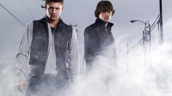 10 Supernatural Wallpaper